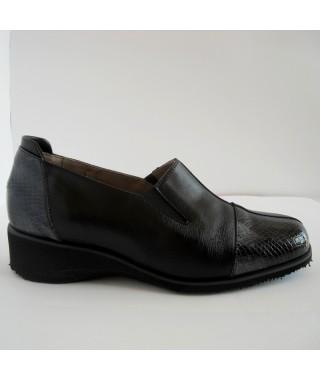 Calzatura da donna in pelle nera F.LLI TOMASI